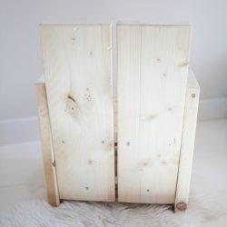 achterkant steigerhouten kinderstoeltje