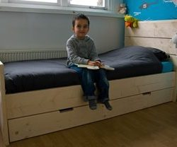steigerhout kinderbed onbehandeld